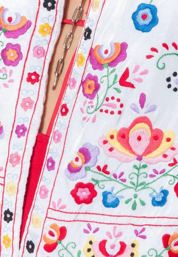 Vintage vest 70s folk floral hand-embroidered Hun… - image 3