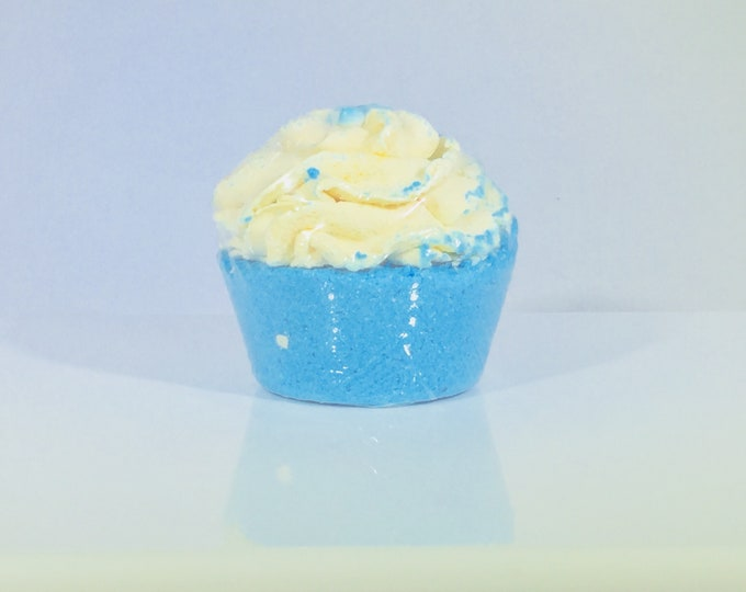 Cupcake Bath Bombs, Large (5 oz) / Aromatherapy