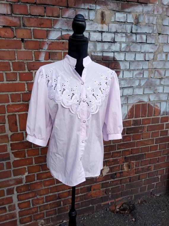 Vintage folklore blouse lilac