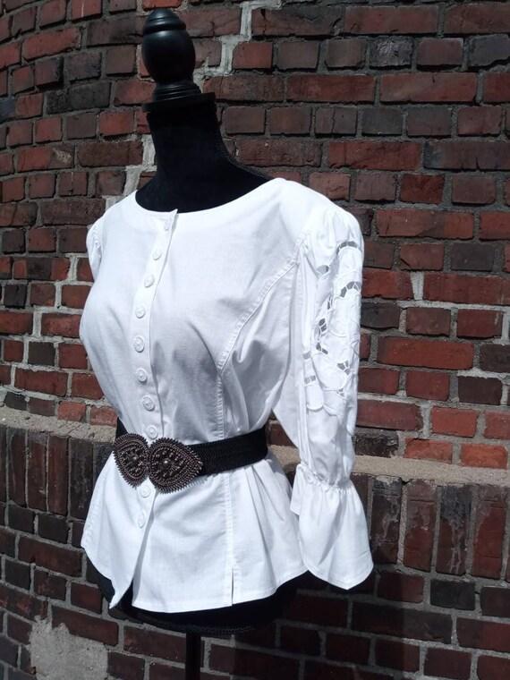 Vintage blouse folklore 70s