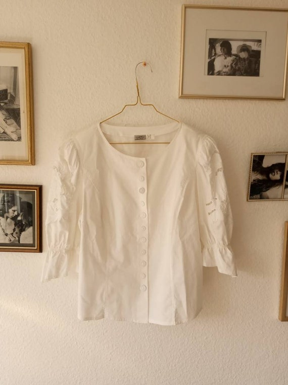 Vintage folklore blouse hole embroidery