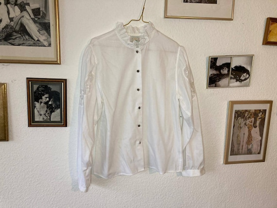 Vintage folklore blouse stand-up collar