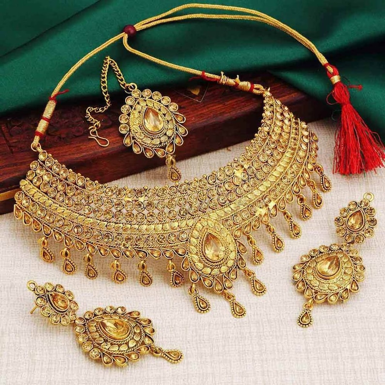 43cda0bd75e 18K Gold Plated Antique Gold Pearl Kundan Heavy Indian Bridal Bollywood  Necklace Jewellery Set with Tikka & Earrings | Necklace | Maangtikka