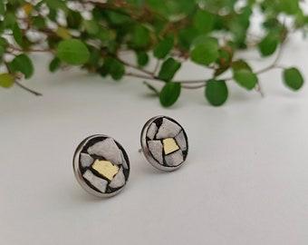 Green stud earrings, round earrings, white earrings, hypoallergenic earrings, made in italy earrings, handmade earrings