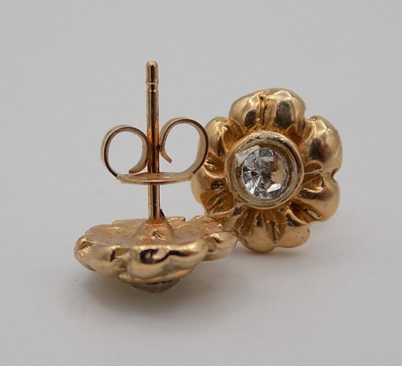 women gift Vintage earrings Vintage gift women girl jewelry Earrings chip earrings Vintage jewelry plated gold flower shaped