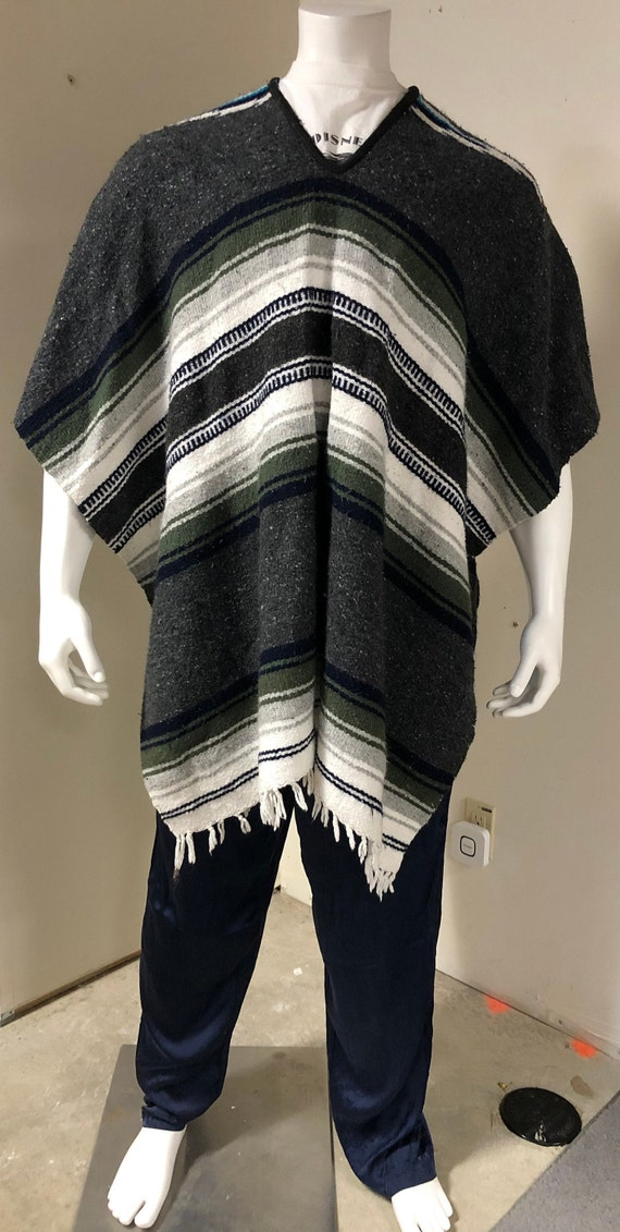 Aunthenic Mexican Poncho