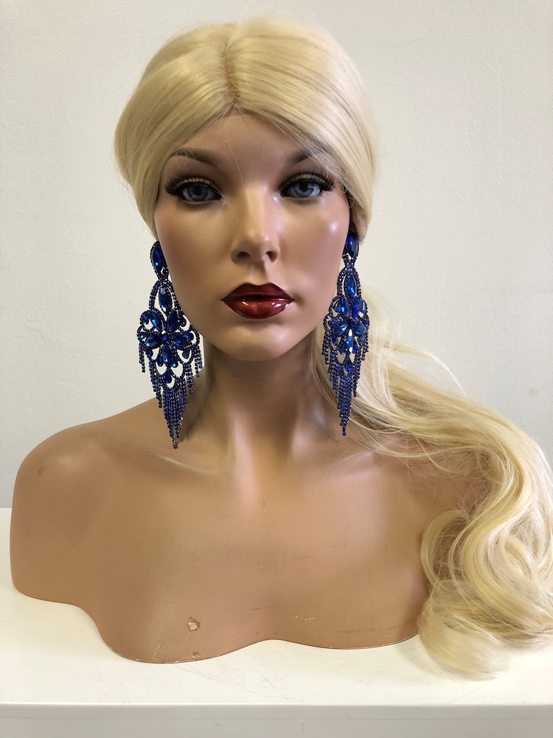 J3 Windsor Palace Queen/'s Jewelry Collection Blue Oversized Earrings Set