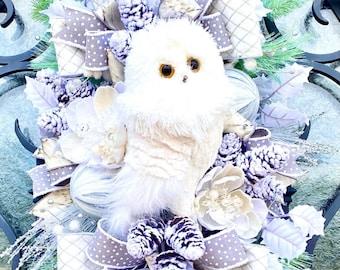 Winter white owl swag, winter white wreath, Christmas Holiday wreath, Winter Door Owl Swag, door owl wreath