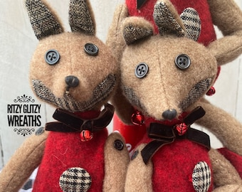 Fox elves by D.Stevens.  Fox decor, wool foxes, winter decor, wreath embellishments, foxes, winter decor