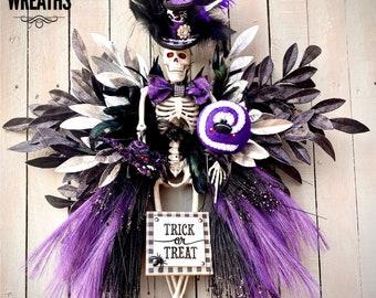 Mr. Bones Skeleton Wreath, Halloween skeleton wreath, Halloween Top Hat Skeleton, oct 31 wreath, little monsters live here, Halloween wreath