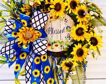 Sunflower Wreath, Summer Wreath, Summertime Wreath, Summer Door Wreath, Summer Decor, Bee Wreath,