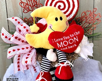 Floral gift, floral centerpiece, love centerpiece, I love you to the moon and back decor