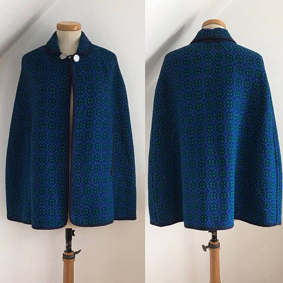 Vintage 1960s Welsh Wool Tapestry Cape