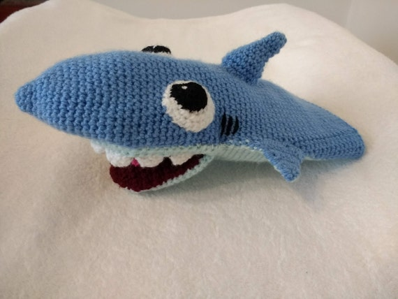 Baby Shark and His Family Free crochet pattern | 428x570