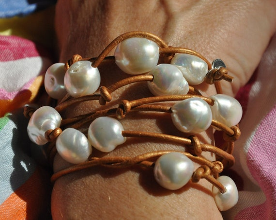 Thick Metallic Leather Rope in Grey, White, Gold or Black with Large White or Grey Pearls, Easy to Wear as Bracelet or Necklace