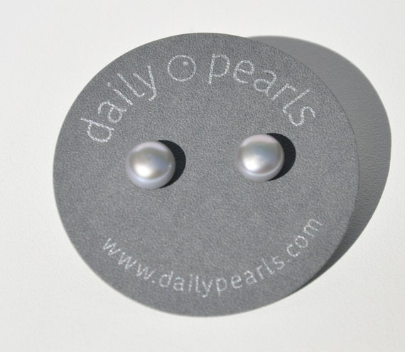 9mm Pearl Button Studs, Smooth, Distinctive, and Stylish