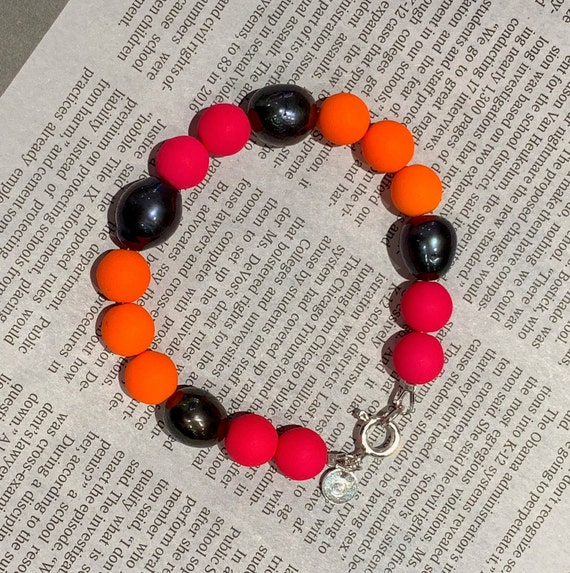 Baroque Peacock Freshwater Pearl and Neon Pink & Orange Pressed Glass Bead Bracelet, Bold, Fun and Hip
