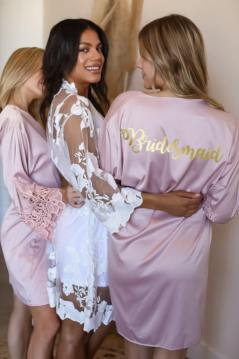 Bridesmaid Gifts/ Bridesmaid Robes/ Bridal Lace Robe/ Wedding image 0
