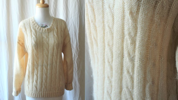 Off White Mohair Sweater/Vintage 80s does 50s Loos