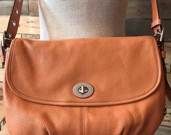 Vintage 90 s peach leather Coach crossbody c209f69949040