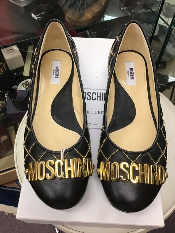 Authentic 2000s Moschino flats
