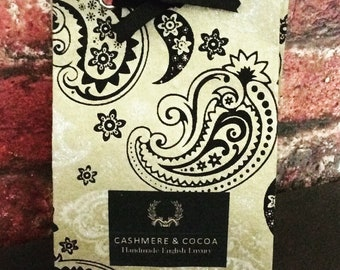 Cashmere & Cocoa 120g, vegan, Artisan soap, All Natural Cold Processed Skin Loving Oils Butters