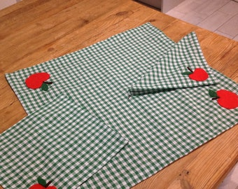 Child's Role Play Tablecloth with two matching napkins