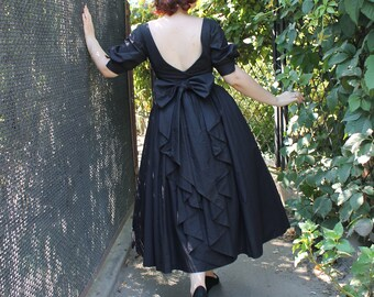 Vintage Prom Dress  Black Velvet Dress  Renaissance Dress  Goth Prom Dress  70s Dress