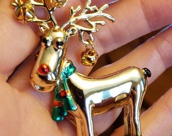 Vintage AJC Signed Statement Pin Brooch Brushed Gold Reindeer Holiday Bells Bin4