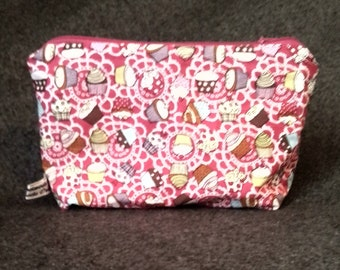 Cupcake make up bag