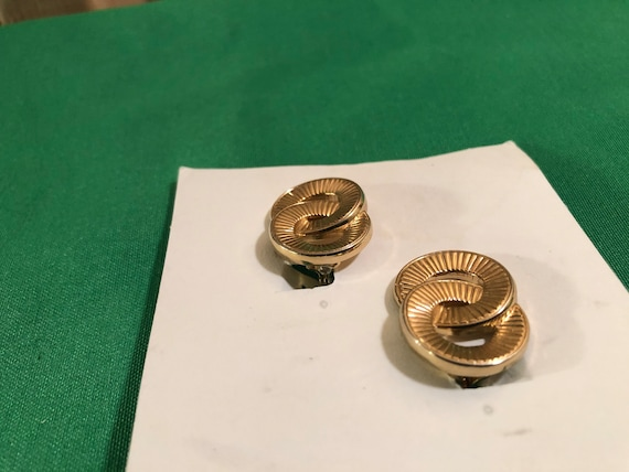 Vintage Monet Double Ring/Circle Stud Clip Gold T… - image 3