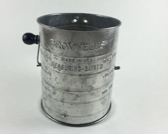 Bromwell's Measuring Sifter 3 Cup