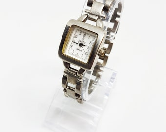 5e704ce73a83f6 JAKKO Square watches gifts for women her sister wife mom grandma and  girlfriend Womens and ladies watch for women and her Christmas gifts