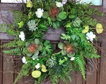 "22"" Succulent Wreath on twig base"