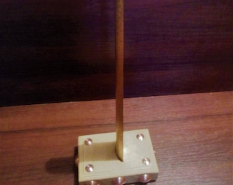 Shoehorn with wooden stand