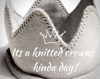 Knitted crowns perfect for little prince and princesses!