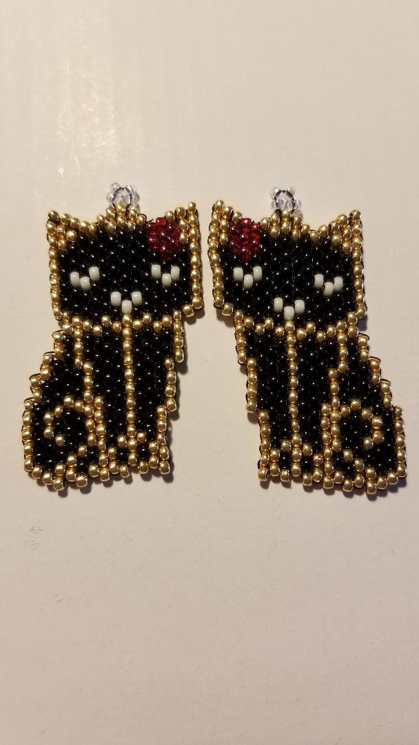 Stud or Dangle Beaded Earrings Black /& Gold Cat