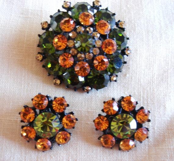 Vintage Weiss Rhinestone Pin / Brooch & Earring Se