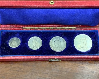 1891 queen victoria maundy  set in original  box lovely