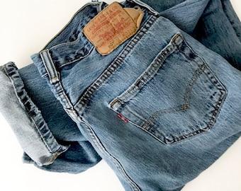 VINTAGE LEVI 501 BoyFriend Jeans | Levi 501s 32x34  | Naturally Distressed Vintage Levi 501s