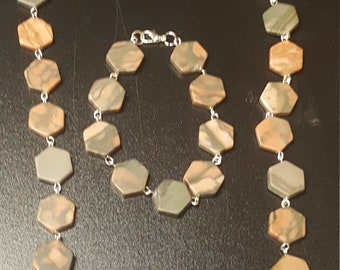 Tan and Gray Beaded and linked Necklace and Bracelet Set