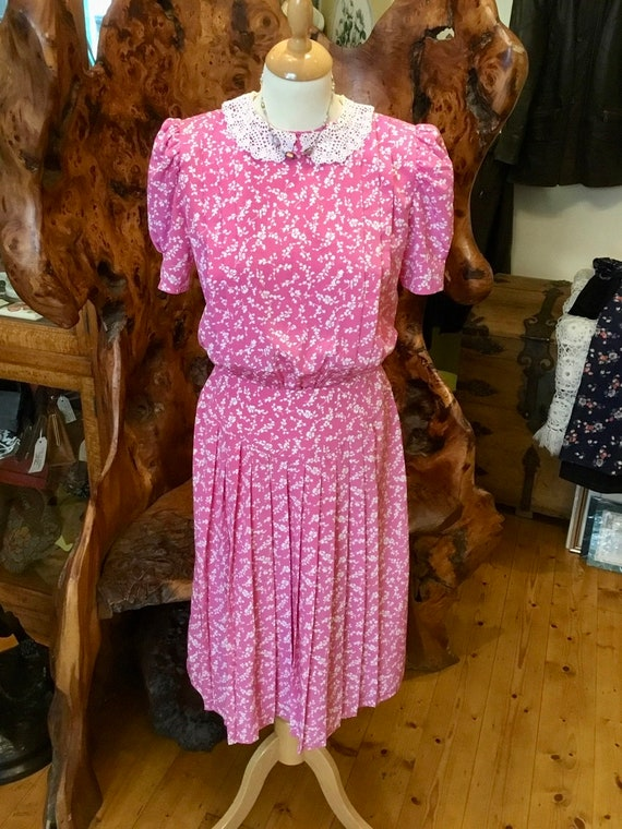 Pink ditsy floral day dress with crocheted collar