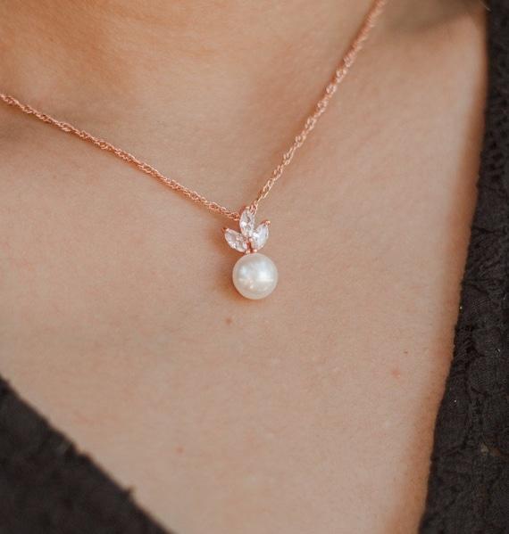 Fresh water pearl Personalized rose Gold Bridesmaid Gift Set Bridesmaid Earrings bracelet Bridesmaid Jewelry Bridal Jewelry  Bridesmaid