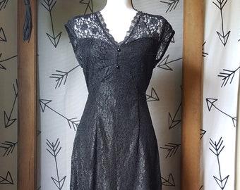 e51fe675332 Joni Blair Vintage Early 90s black lace romantic dress 60s-inspired size 9