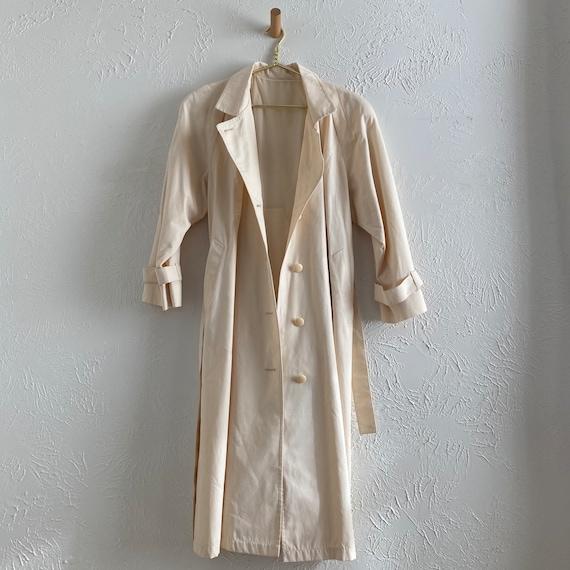 80s London Fog  • feminine trench • ivory raincoat - image 3
