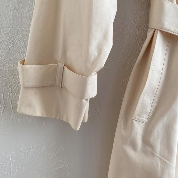 80s London Fog  • feminine trench • ivory raincoat - image 9