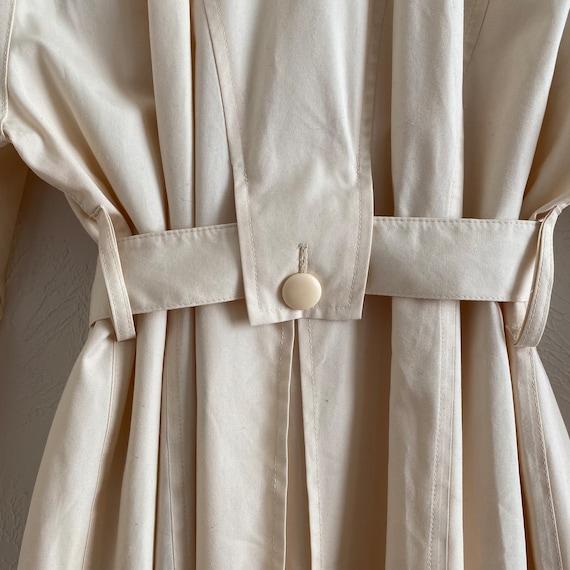 80s London Fog  • feminine trench • ivory raincoat - image 7