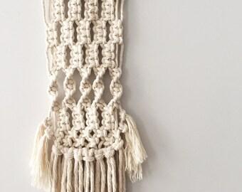LUNA / Macrame Wall Hanging / Boho Decor / Australian Handmade