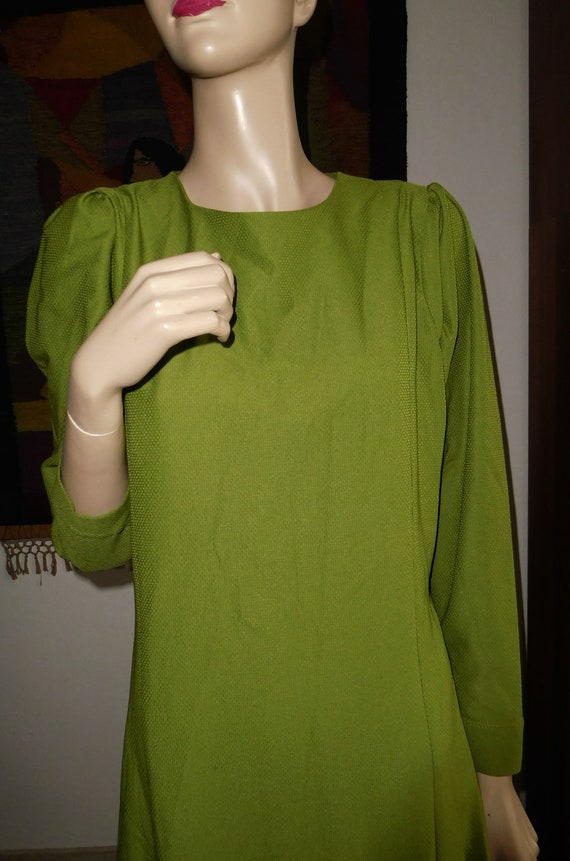 Green Long Dress/Very Modern Elegant - image 2