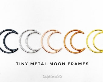 Ten-Pack of Tiny Metal Moon Frames / Boho Moon Charms / Mini Crescent Moon Frame / Macrame Moon Decoration / Moon Beads / Tiny Moons / Beads